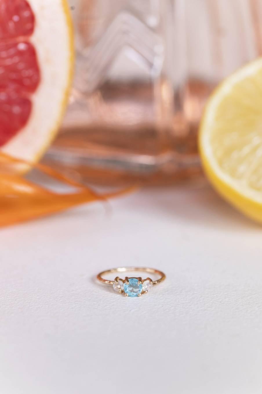 Ring Chelsea White Moonstone & Aquamarine