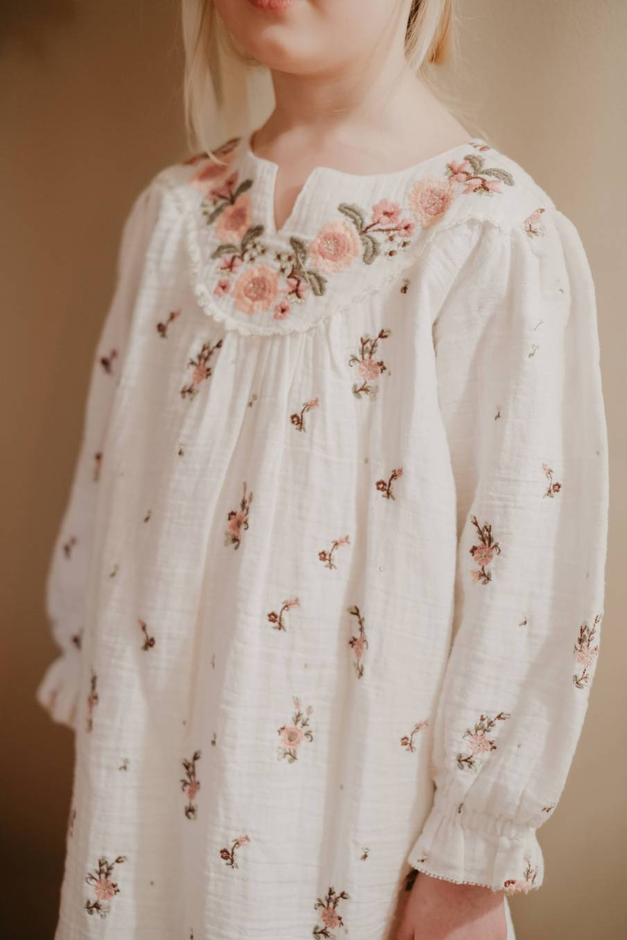 boheme chic vintage robe bébé fille ines off-white flowers