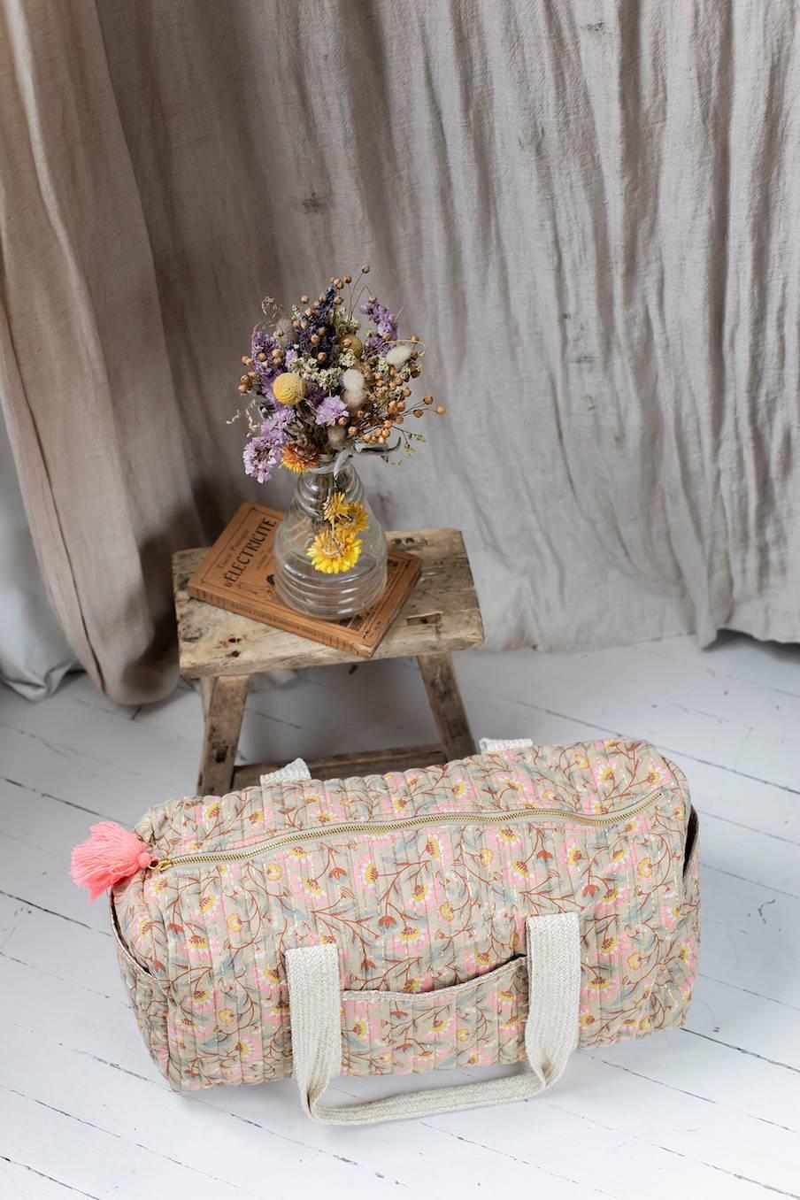 boheme chic vintage sac maison shaima khaki folk flowers