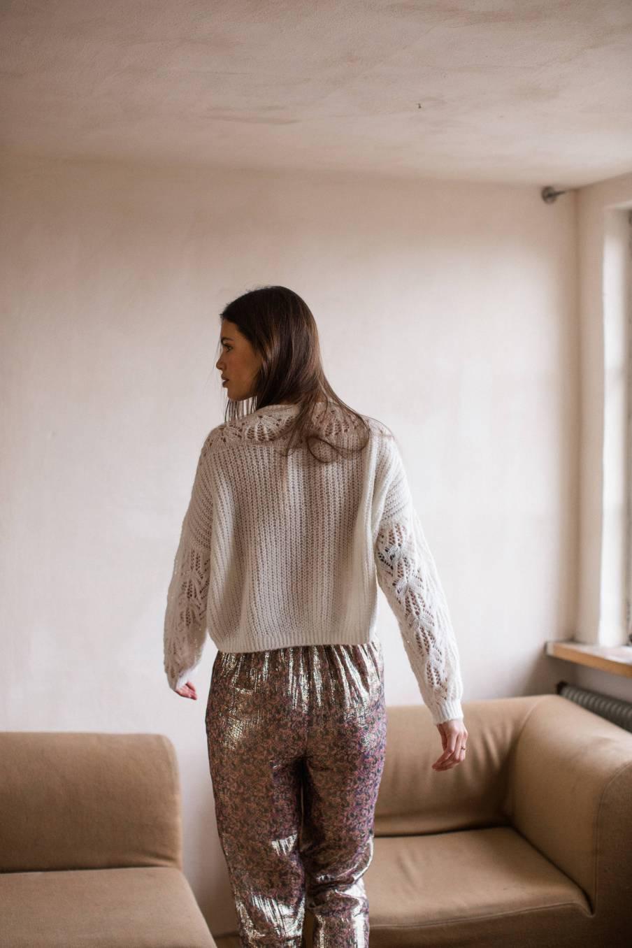 boheme chic vintage pull femme sarati blanc
