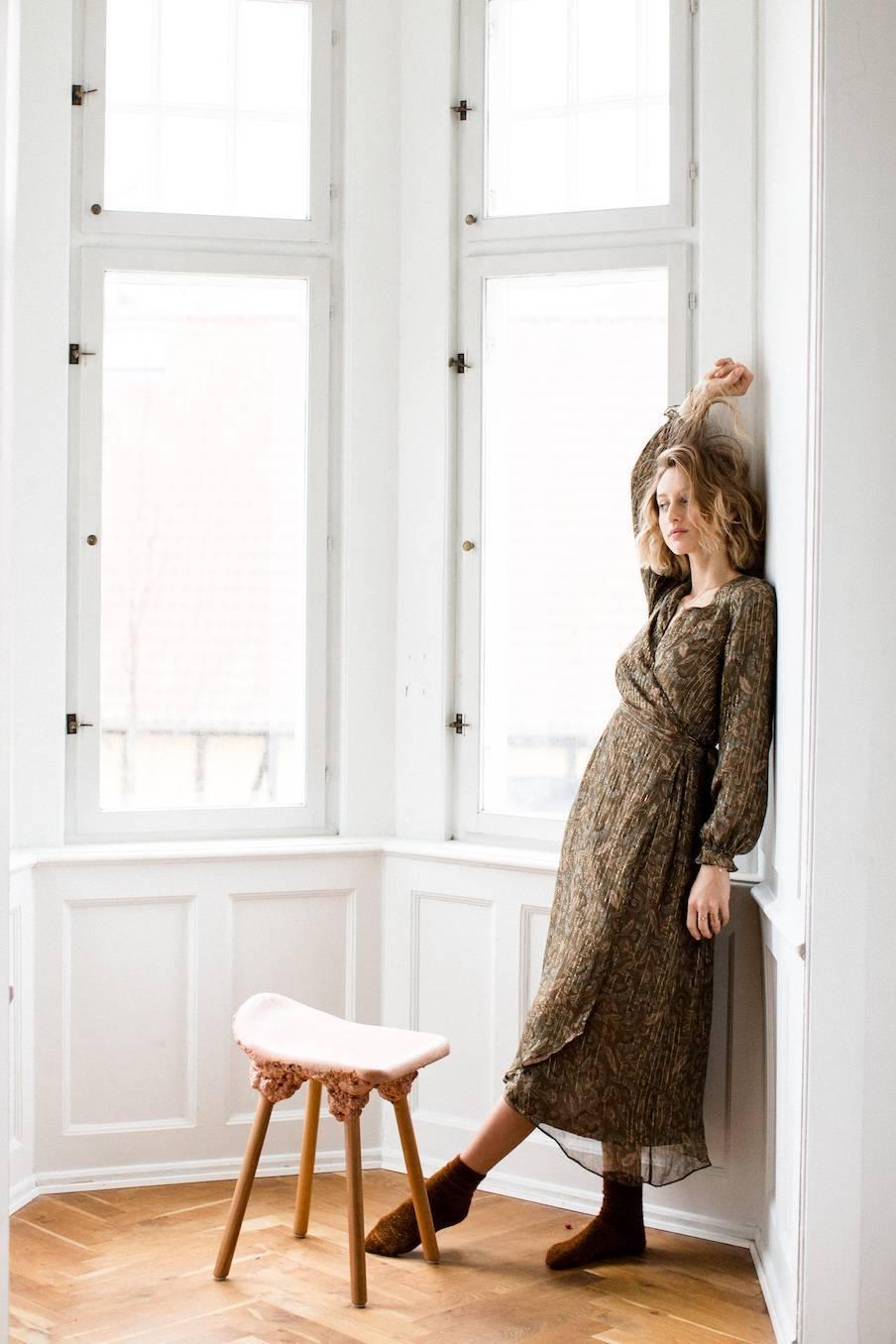 boheme chic vintage robe femme emelyna lurex folk flowers