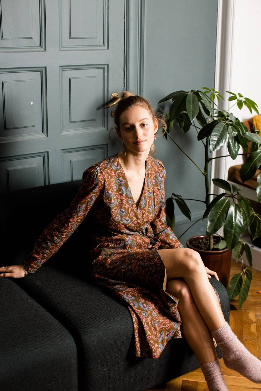 boheme chic vintage robe femme anouchka bronze folk flowers