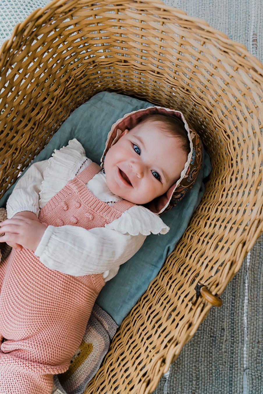 boheme chic vintage bonnet bébé fille arshi bronze folk flowers