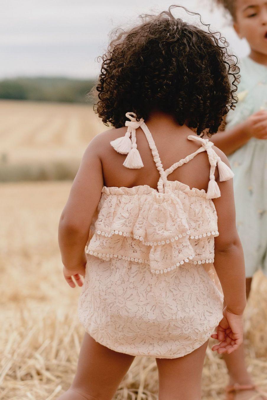 boheme chic vintage barboteuse bébé fille kumal blush lace