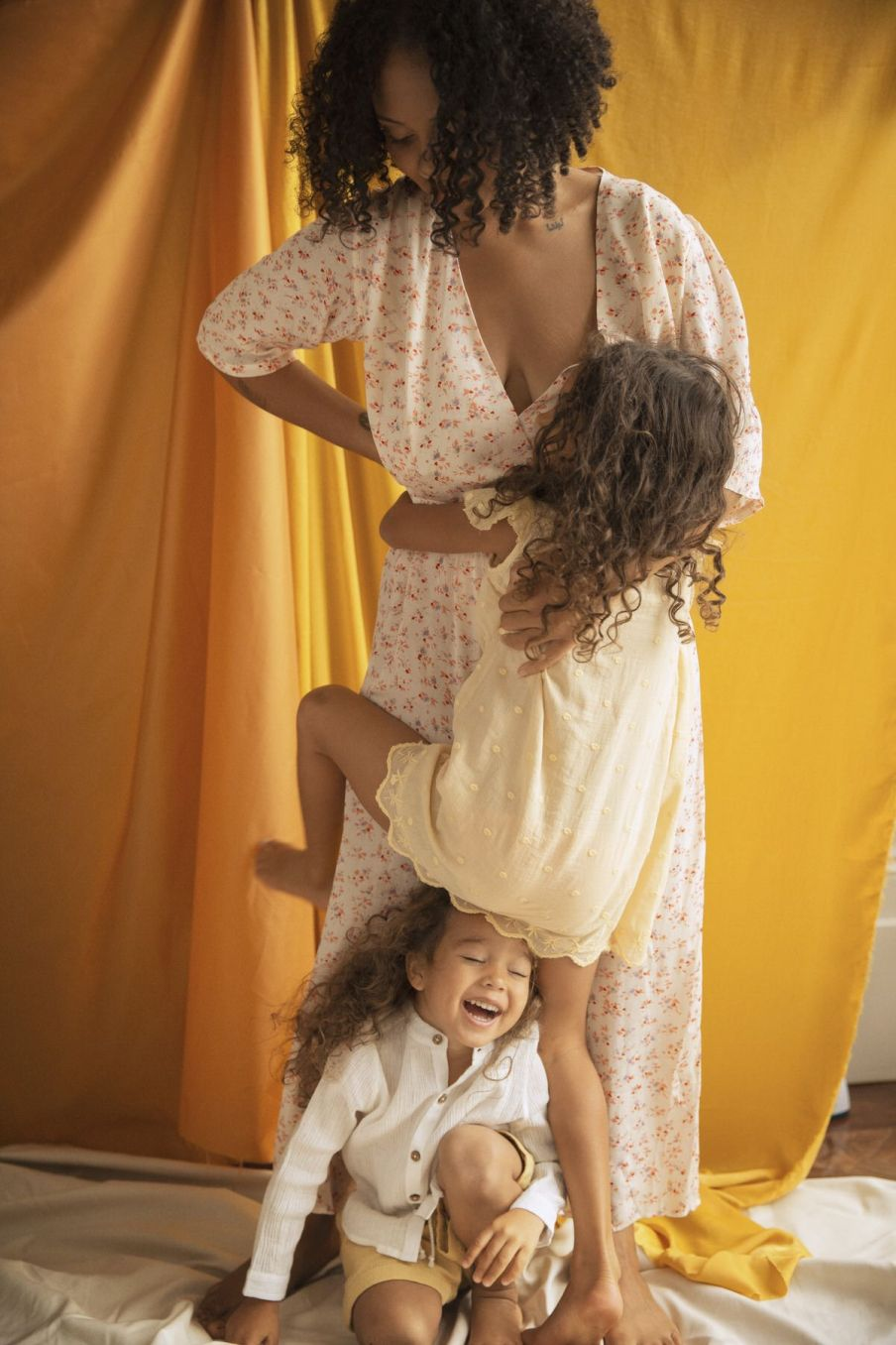 boheme chic vintage robe fille noalia soft honey plumetis