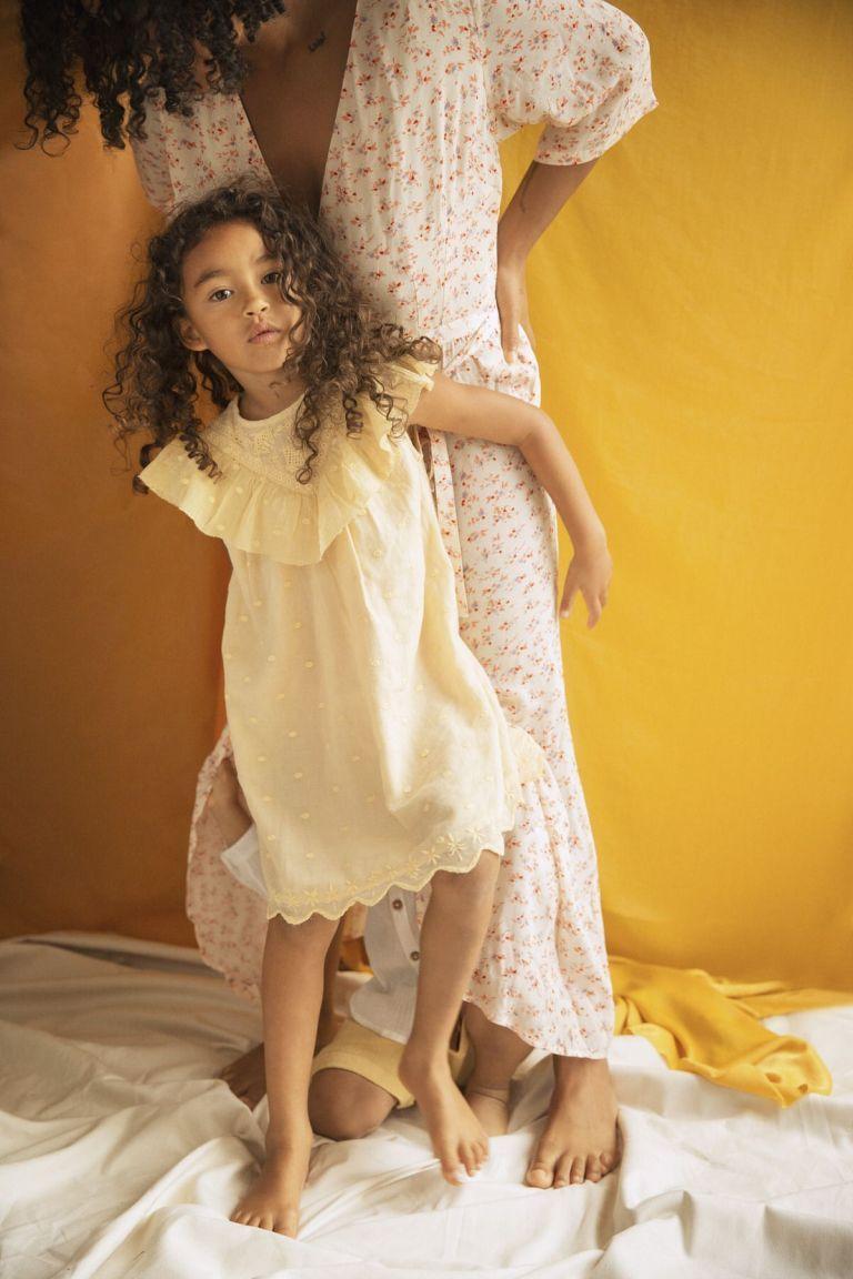 boheme chic vintage robe bébé fille noalia soft honey plumetis