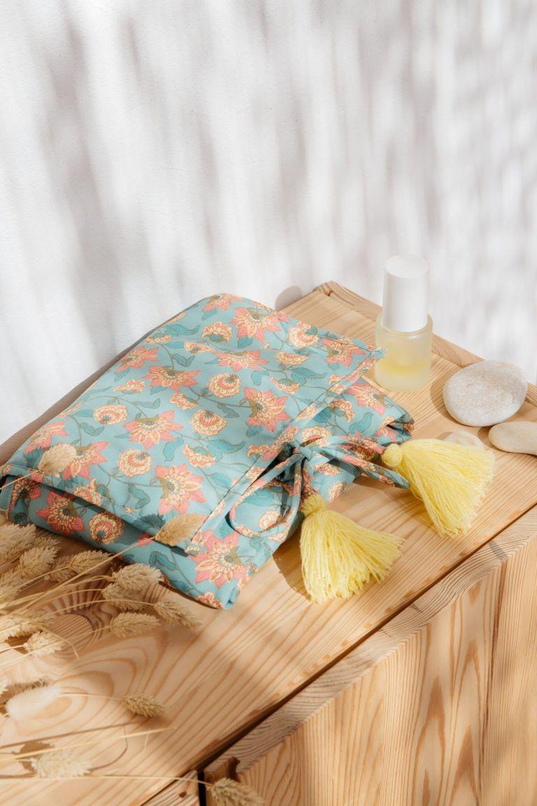 boheme chic vintage matelas à langer bébé fille olayde turquoise flowers