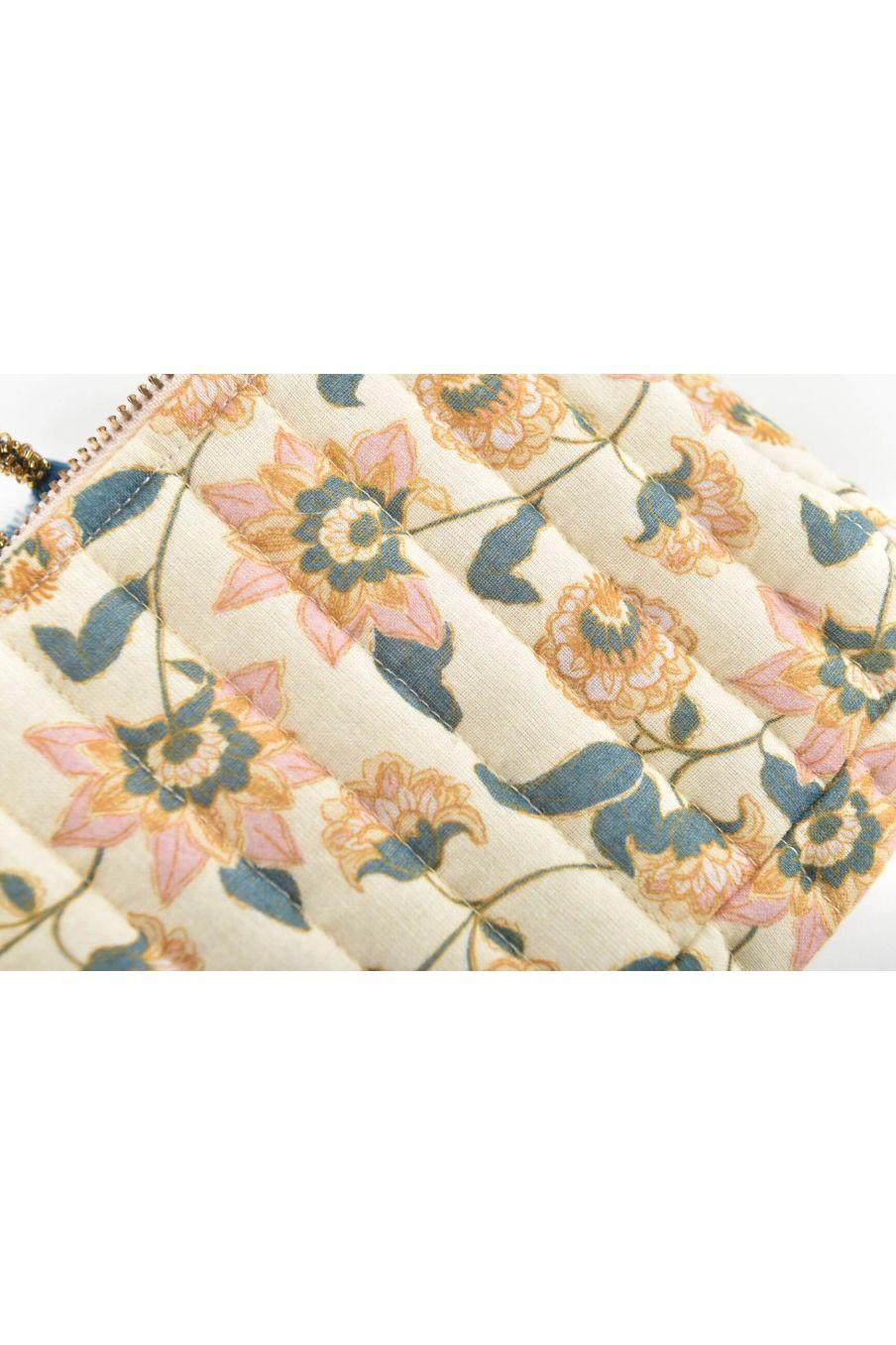 boheme chic vintage trousse de voyage maison mila cream flowers