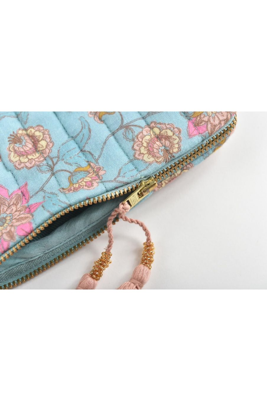 boheme chic vintage trousse de voyage maison mila turquoise flowers