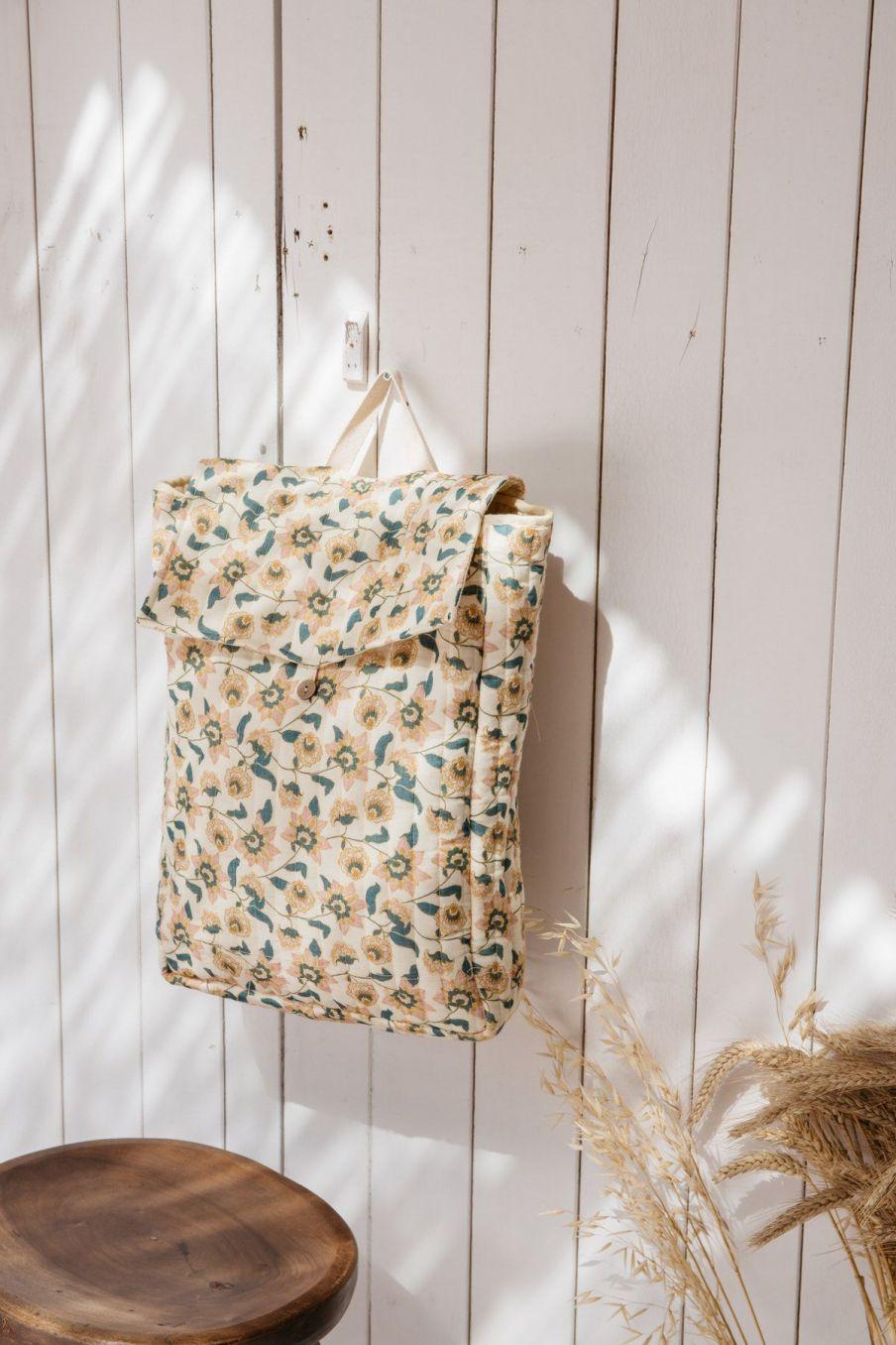 boheme chic vintage sac à dos femme temis cream flowers