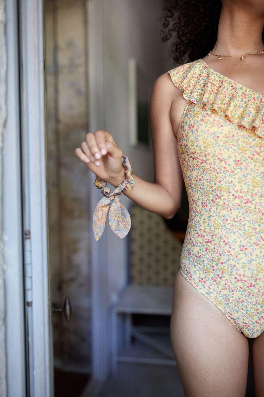 boheme chic vintage maillot de bain femme copacabana soft yellow spring flowers
