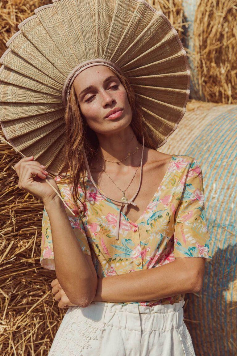boheme chic vintage blouse femme goyava soft honey parrots
