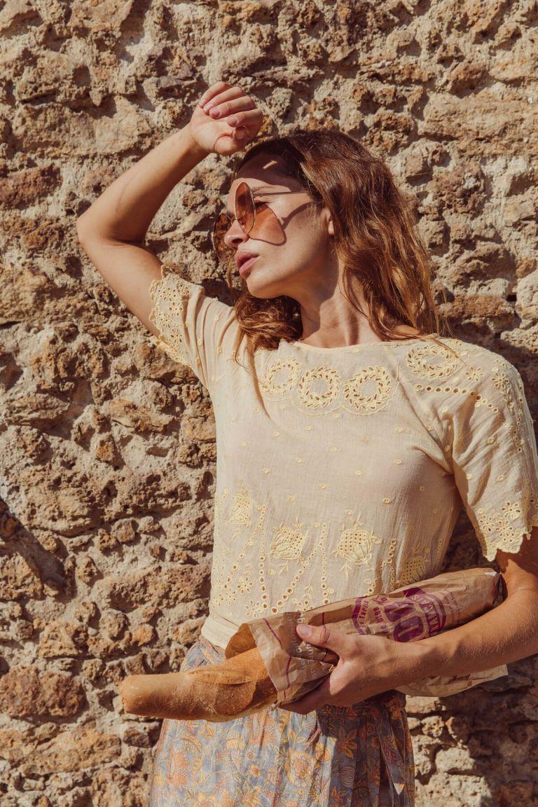 boheme chic vintage blouse femme lina soft honey plumetis