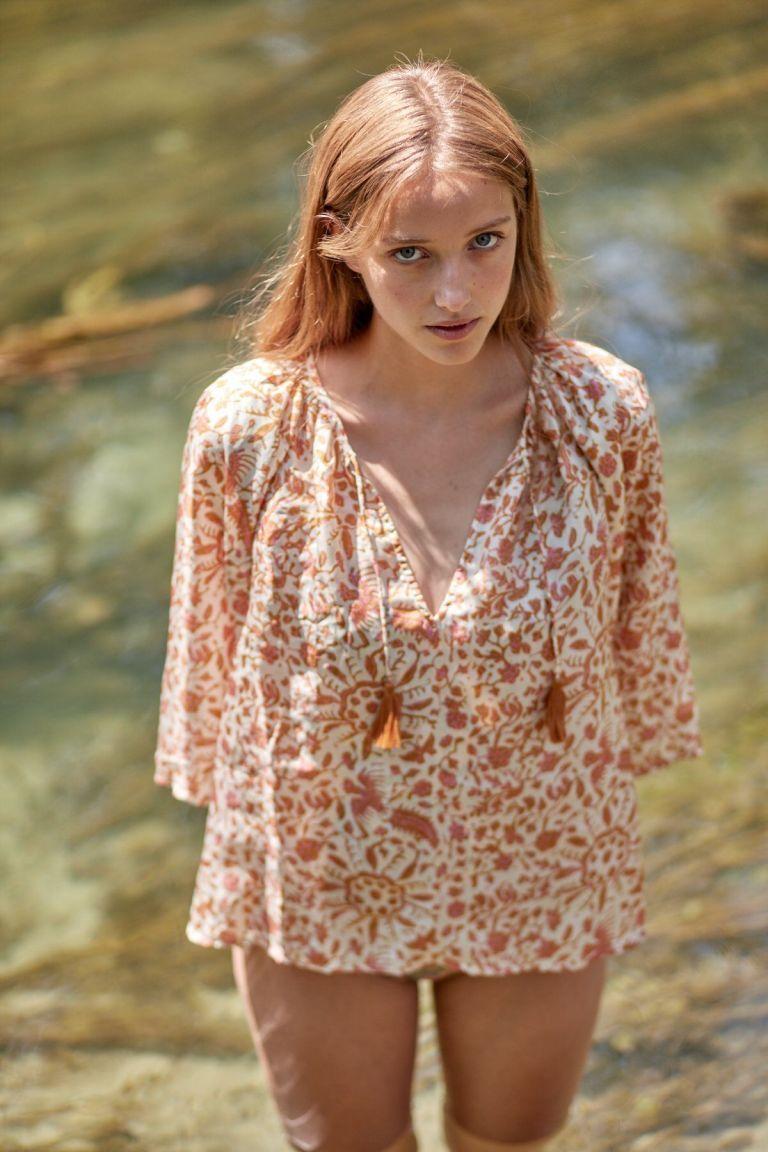 boheme chic vintage blouse femme maribel cream joshua flowers