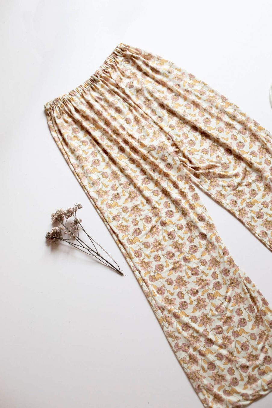 boheme chic vintage bas de pyjama femme melicia blush flowers