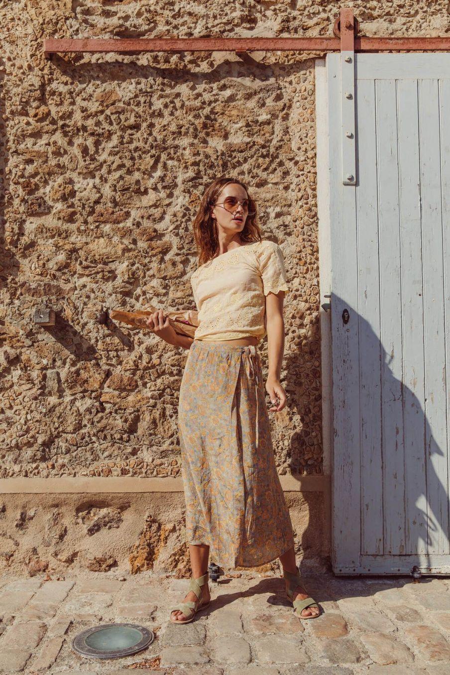 boheme chic vintage jupe femme carlita grey california flowers