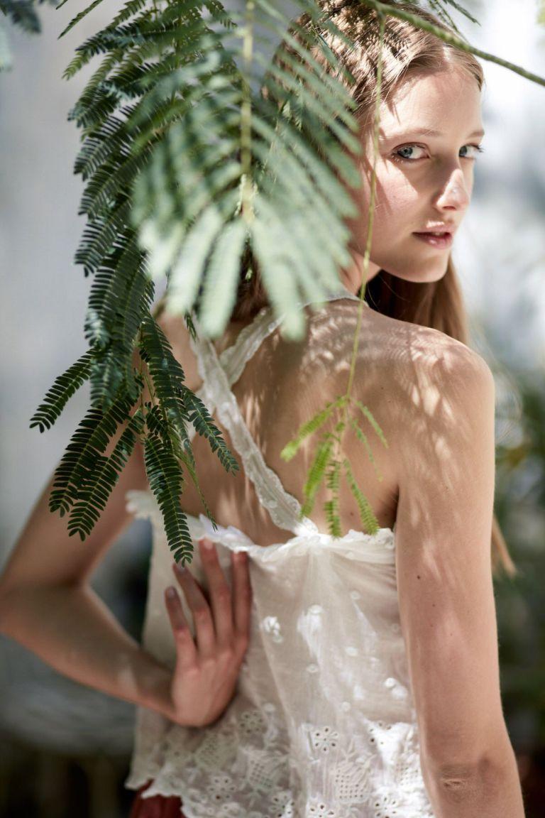 boheme chic vintage top femme pandora off-white plumetis