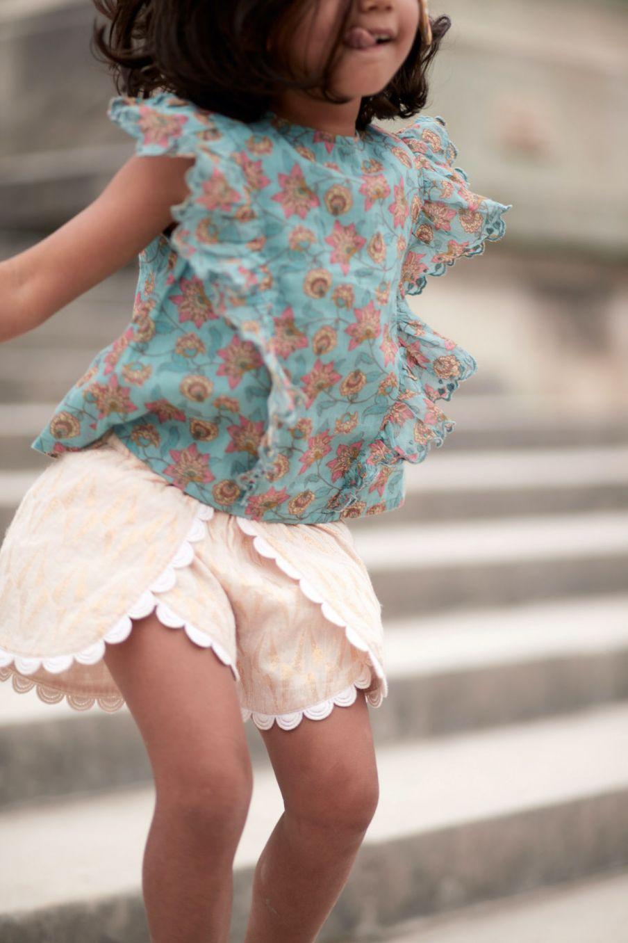 boheme chic vintage blouse fille hija turquoise flowers