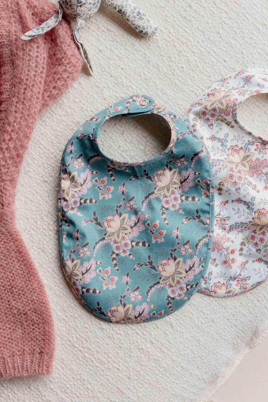 bavoir bebe fille maelia blue french flowers - louise misha