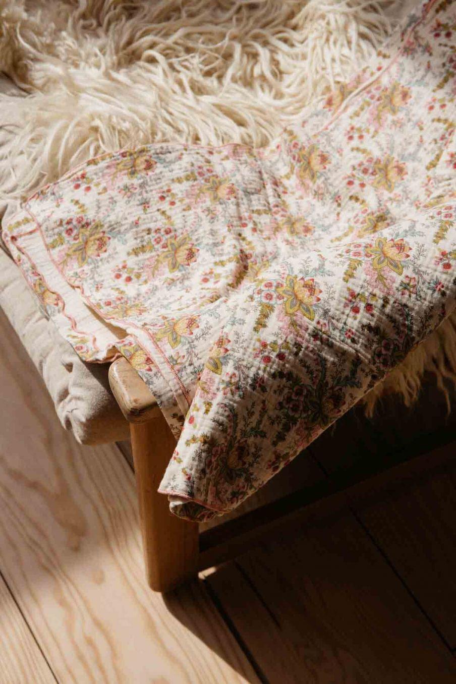 couverture bébé bebe fille nagel cream french flowers - louise misha