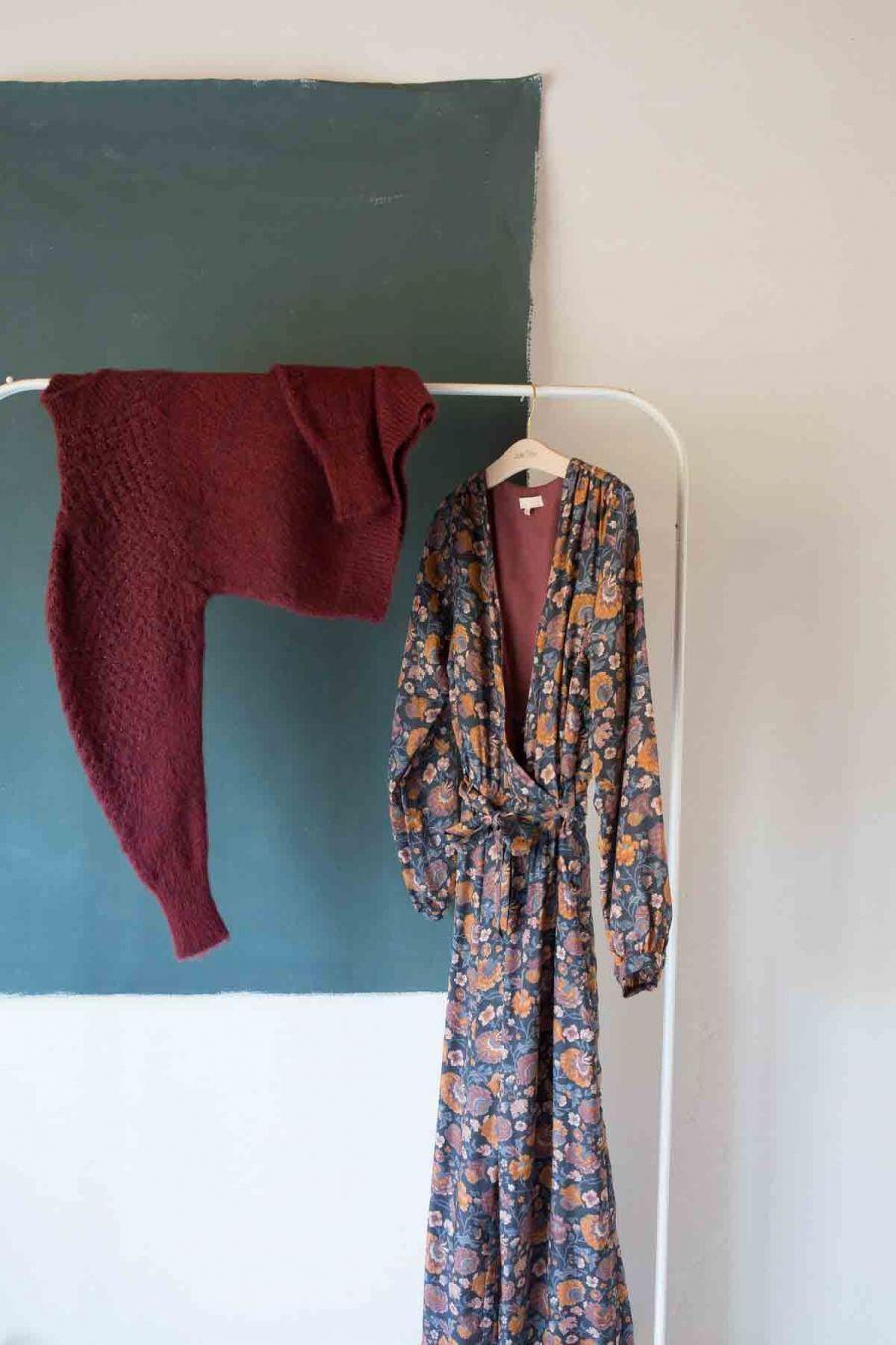 robe femme rama charcoal bohemian flowers - louise misha