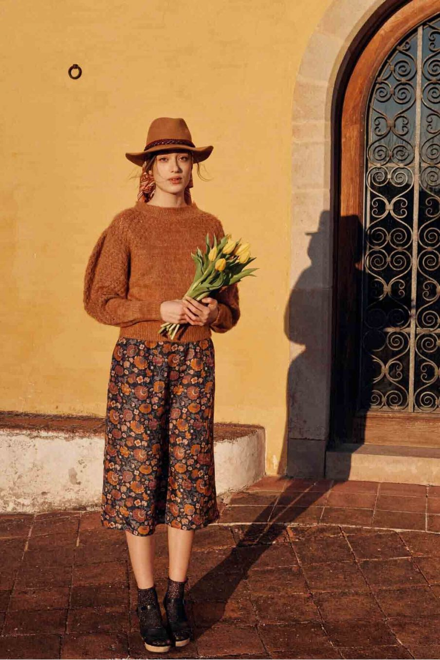 jupe femme isabella charcoal bohemian flowers - louise misha