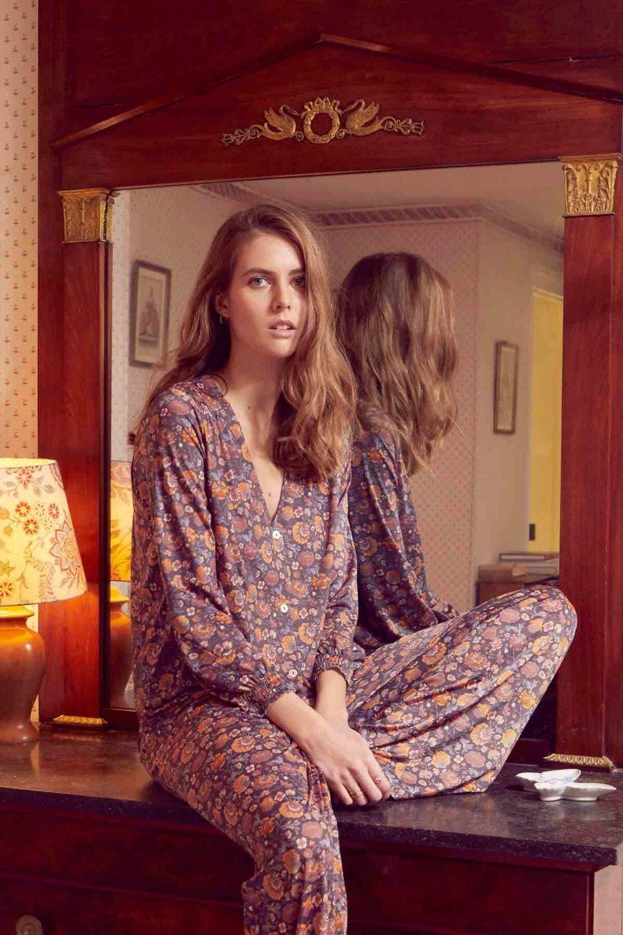 blouse de pyjama femme lorie charcoal bohemian flowers - louise misha