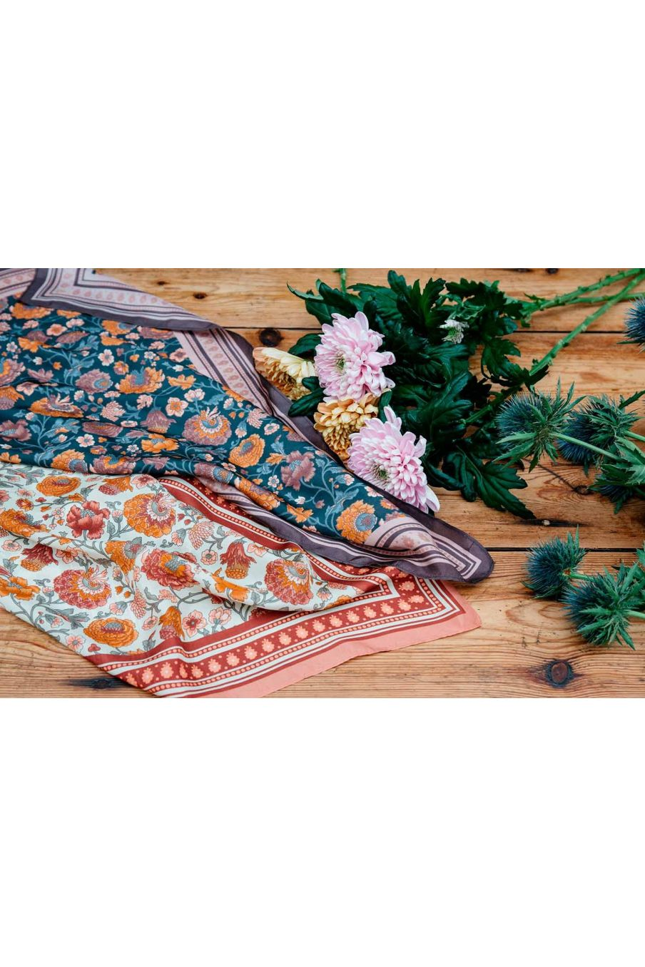 echarpe femme romy charcoal bohemian flowers - louise misha