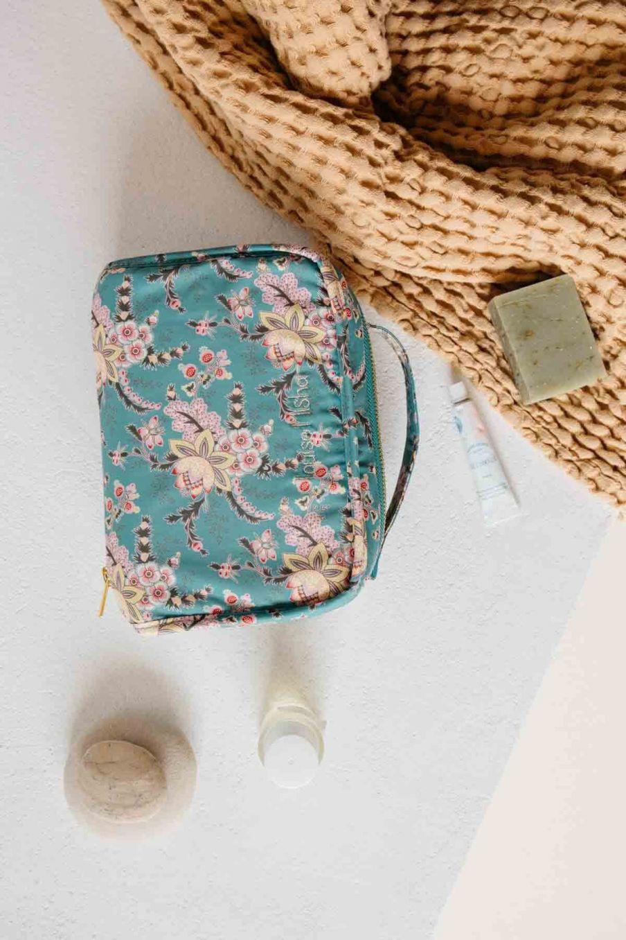trousse de toilette maison joriska blue french flowers - louise misha